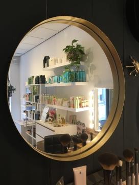 Winkel Ezra Cosmetics